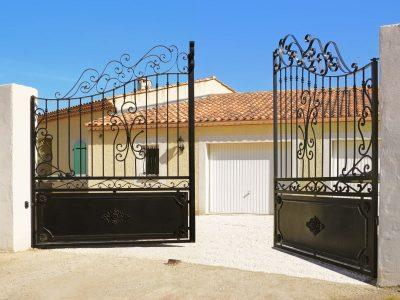 Quels sont les critères de choix des portails extérieurs pour maison